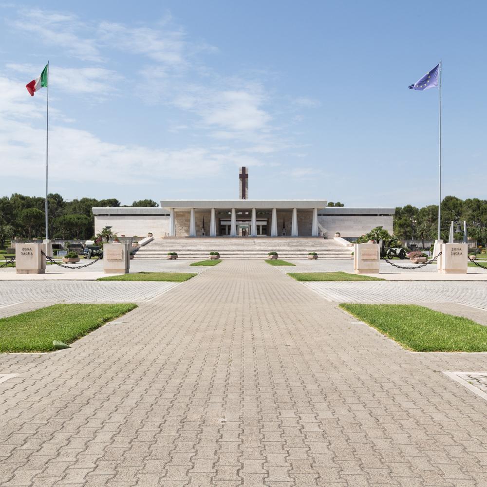 Ivan De Santis - Sacrario Militare Bari - F.project